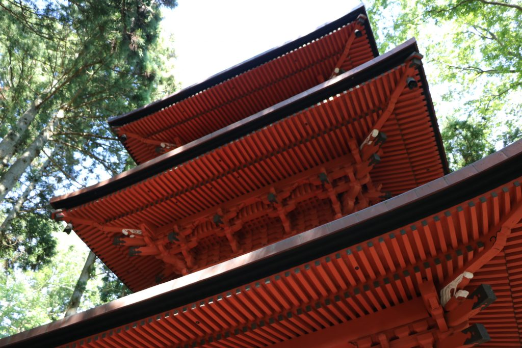 隠津島神社三重塔(県指定重要文化財)