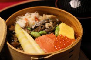 元祖輪箱(わっぱ)飯